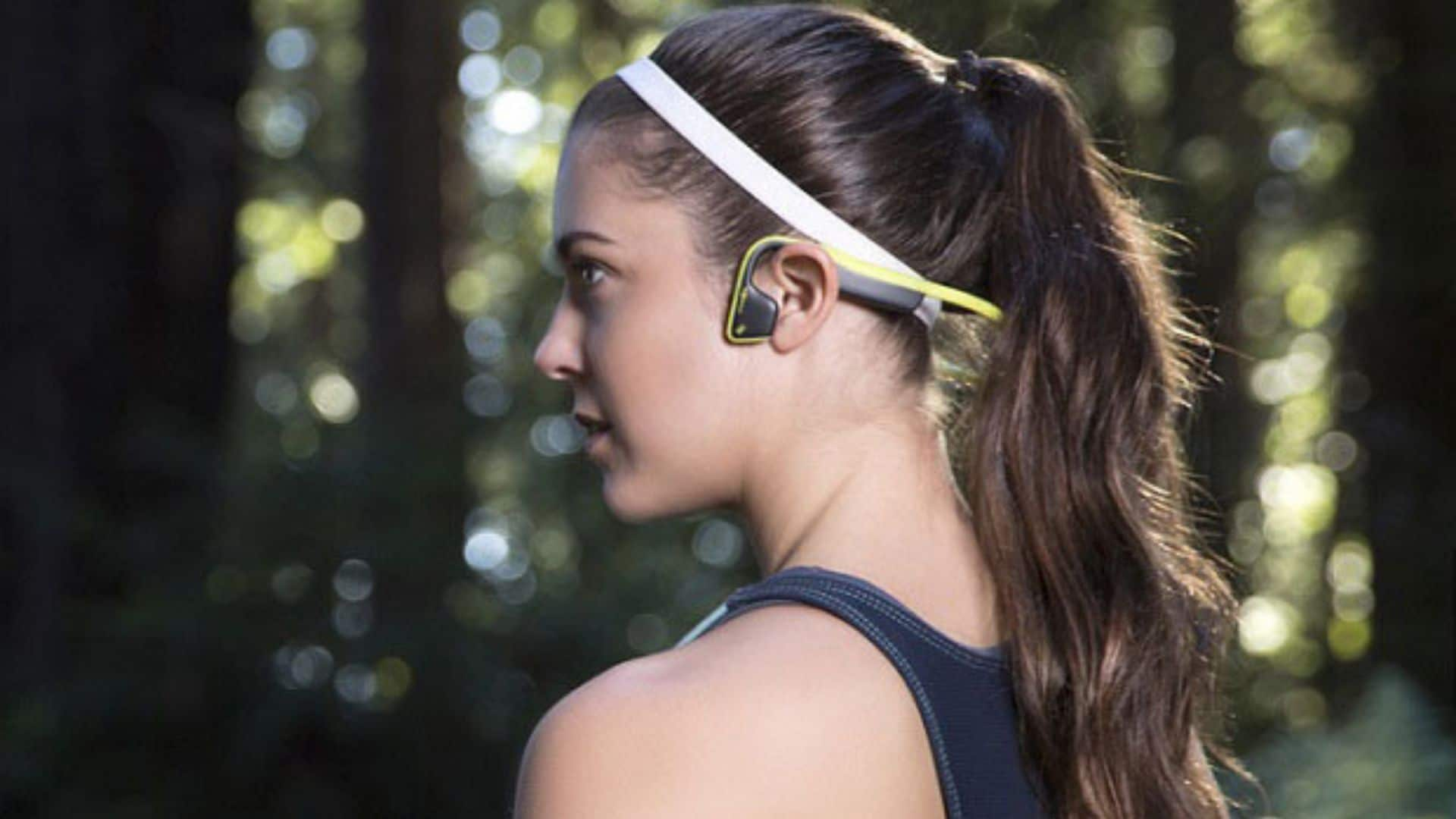 Read more about the article Best Wireless Earbuds For Sports Under $100 In 2021 In USA